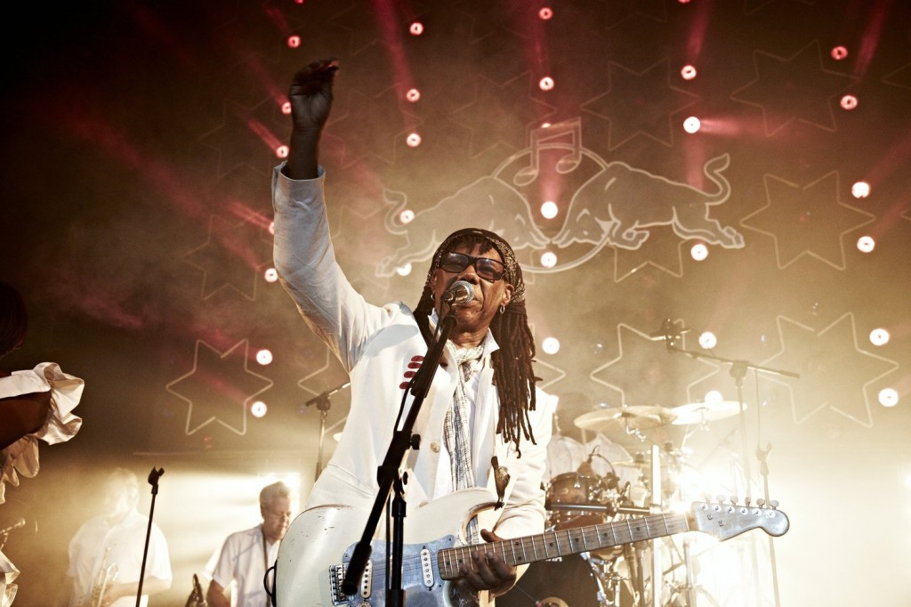 Nile Rodgers and Chic - Performance