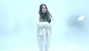 shailene-woodley-white-bird-blizzard-2-xlarge