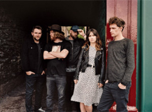 walkingoncars