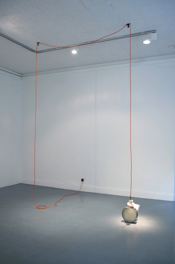 DavidBeattie_DrumRoll_2009_Drum_Motor-PlasticBag-ElectricalCable_DimensionsVariable_(CourtesyOfTheArtist)
