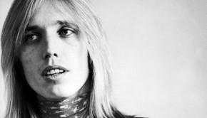 Tom Petty, portrait, New York, 1977. (Photo by Michael Putland/Getty Images)