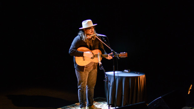 Jeff tweedy 2 cropped landscape