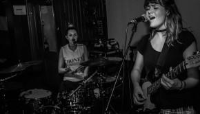 Rews performs @ McHugh's, Belfast
